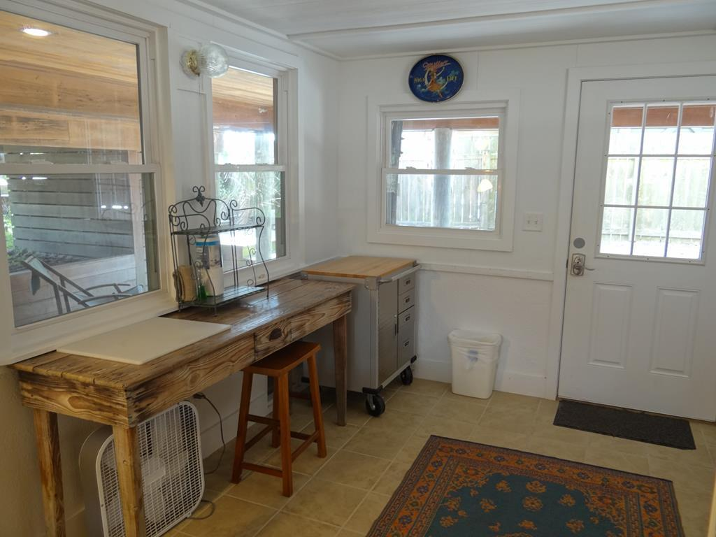Mother-In-Law Suite - Kitchenette