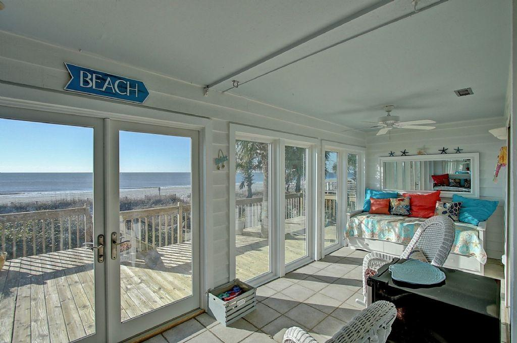 Sunroom with Daybed
