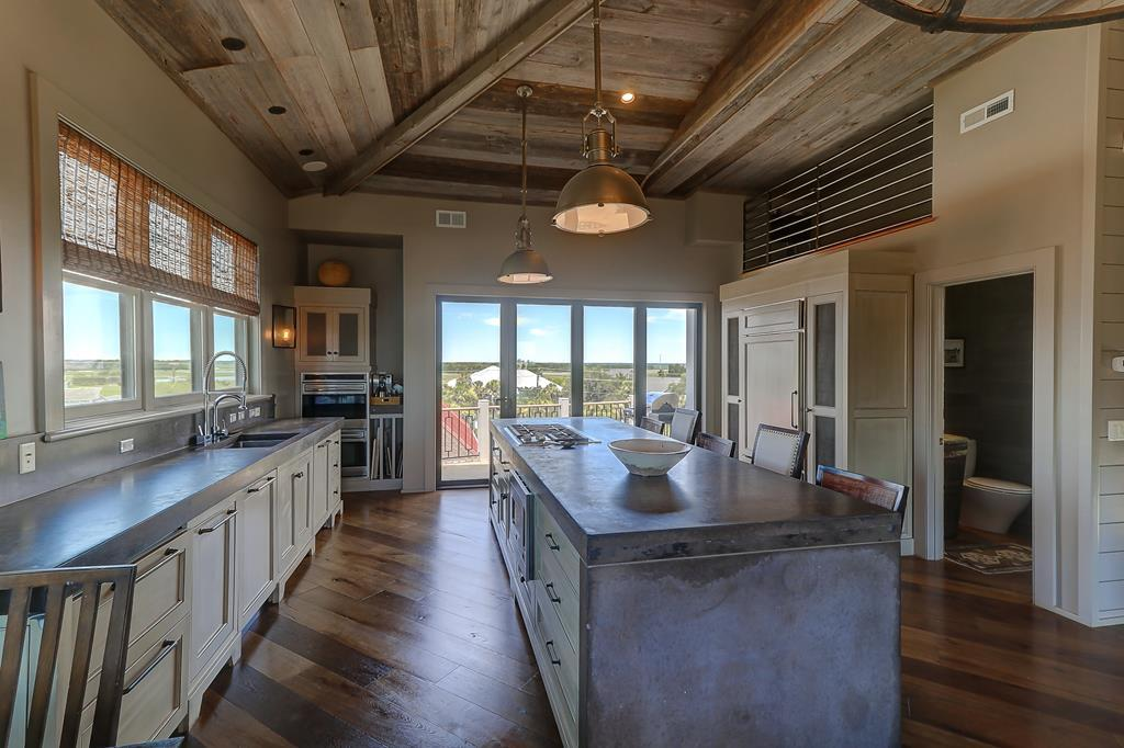 Kitchen views to the intracoastal