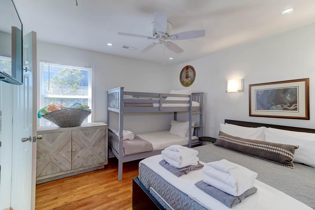 Twin Bunk Beds & 1 Double Bed Street Side