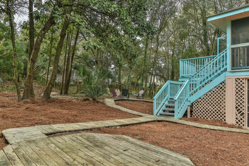 East Huron Avenue 0305 - Cabin by the Sea | Photo 24