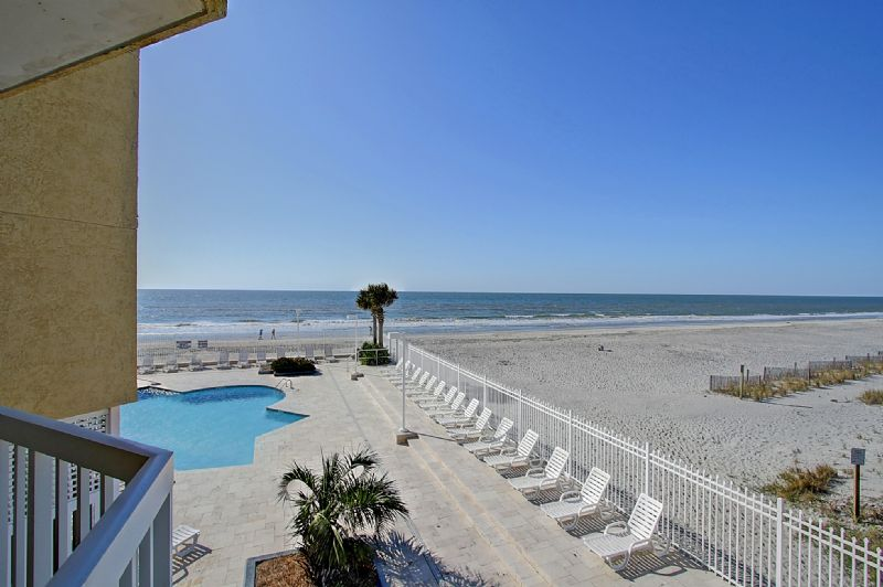 Chas. Oceanfront Villas 123 - Sunset on the Rox | Photo 33