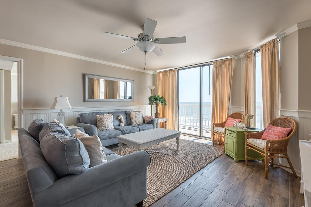 Chas. Oceanfront Villas 422 - A View to Remember   Photo 10