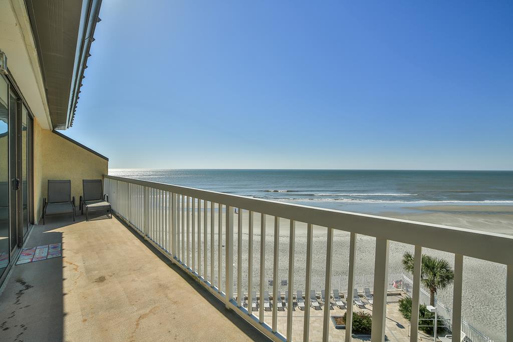 Chas. Oceanfront Villas 422 - A View to Remember   Photo 41