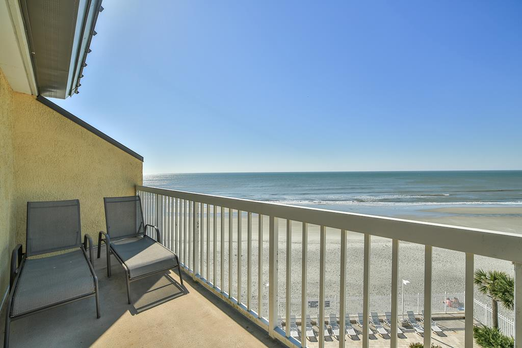 Chas. Oceanfront Villas 422 - A View to Remember   Photo 42