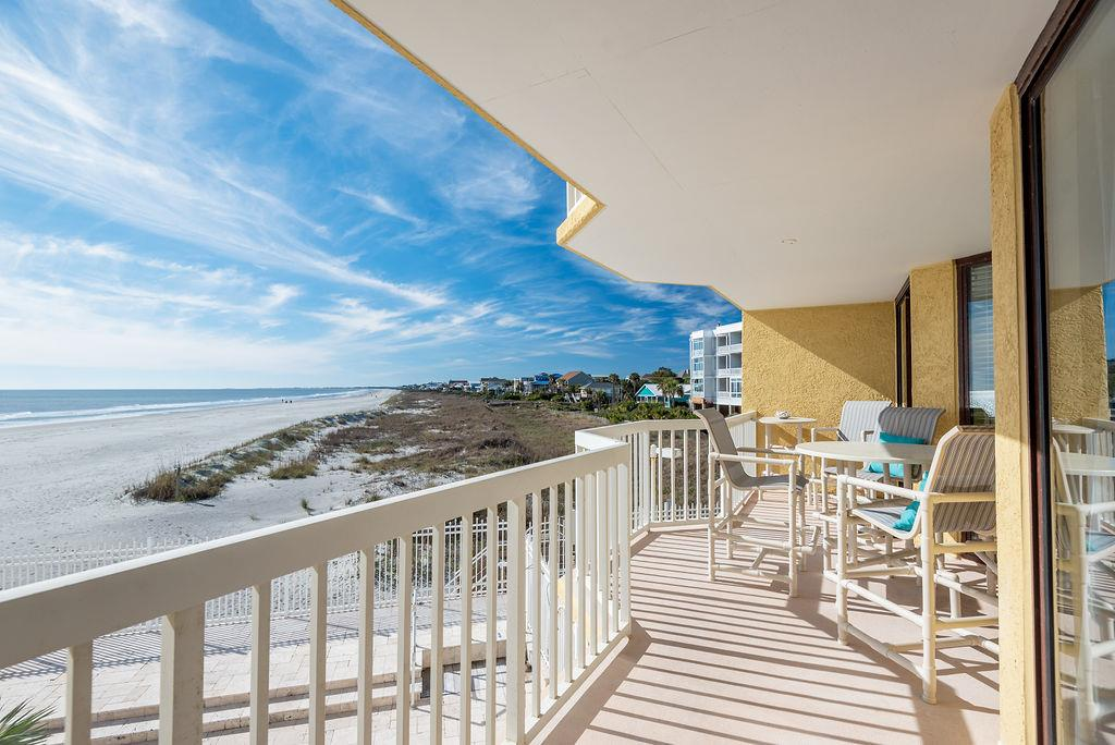 Chas. Oceanfront Villas 123 - Sunset on the Rox | Photo 28