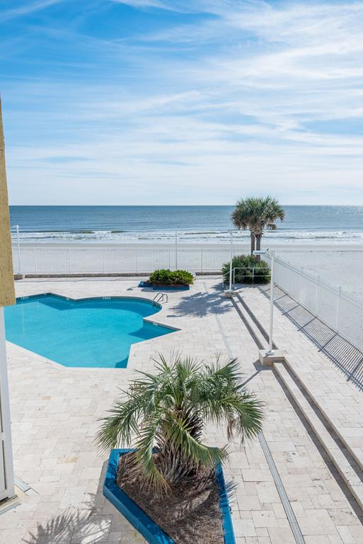 Chas. Oceanfront Villas 123 - Sunset on the Rox | Photo 29