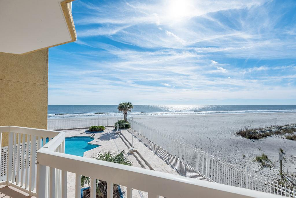 Chas. Oceanfront Villas 123 - Sunset on the Rox | Photo 30