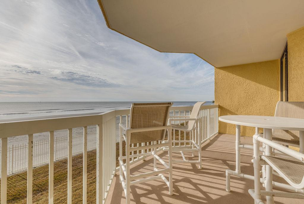 Chas. Oceanfront Villas 117 - SEAbbatical | Photo 23
