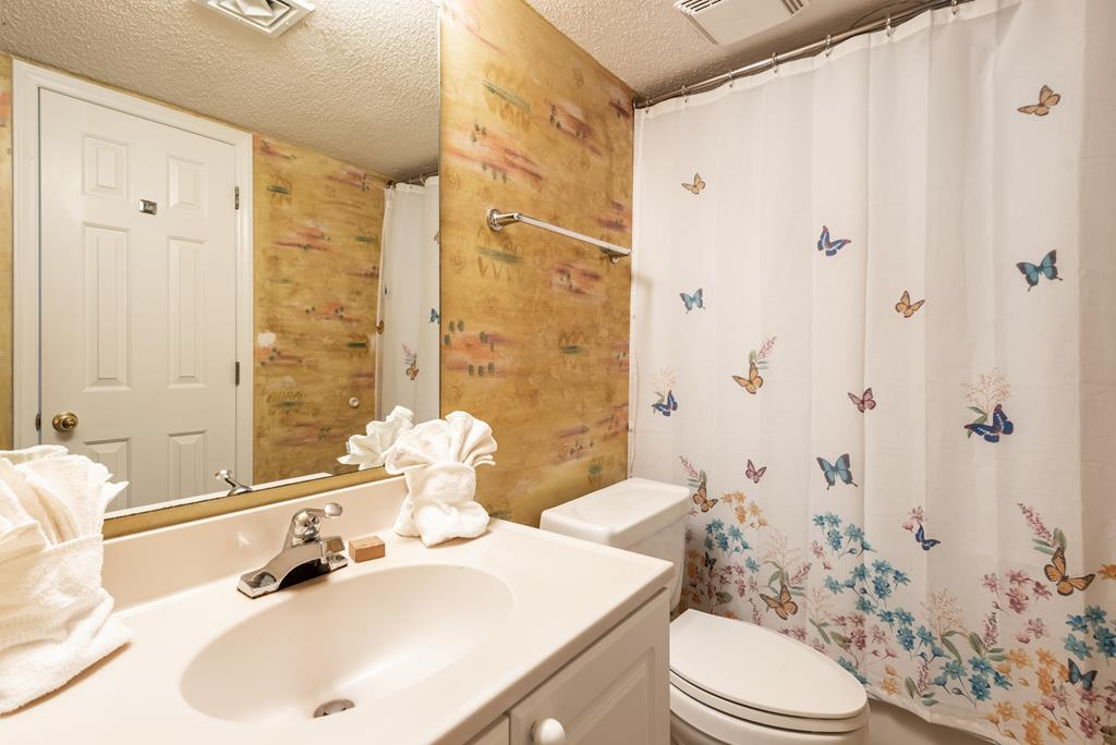 Chas. Oceanfront Villas 403 - The Good Life | Photo 11