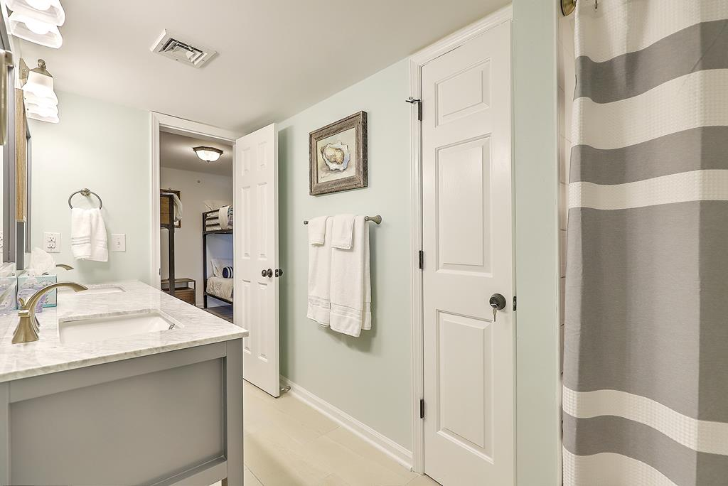 Chas. Oceanfront Villas 307 - Uncork & Unwind | Photo 22