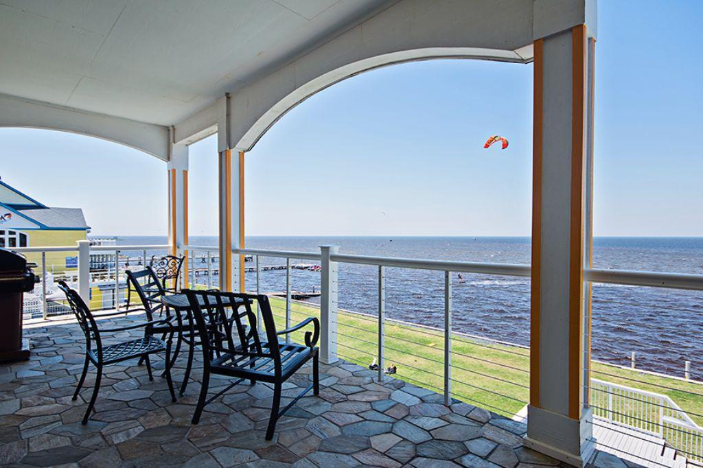 wv24-kiteboarding-paradise-3br-soundfront-with-fantastic-views-and-a-private-hot-tub