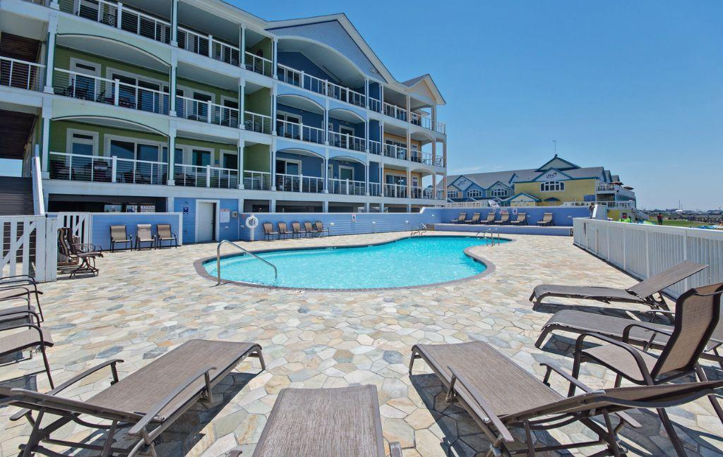 wv17-spacious-soundfront-with-large-balcony-private-hot-tubs-endless-sunsets-onsite-watersports