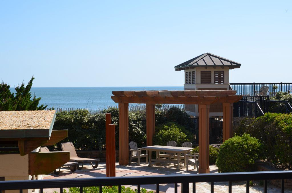 csc2r-dolphins-den-pet-friendly-oceanfront-condo-indoor-and-outdoor-pools-private-hot-tub