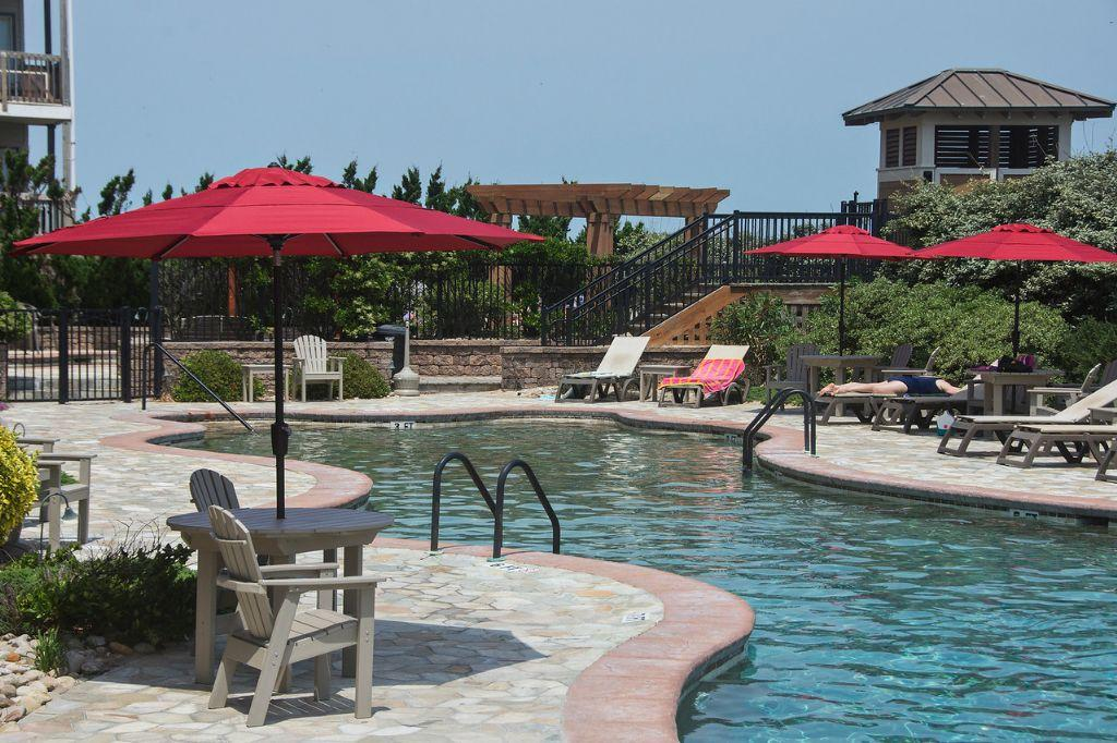 csc4l-surfs-up-condo-with-outdoor-and-indoor-pool-spa-private-balcony-croatan-surf-club