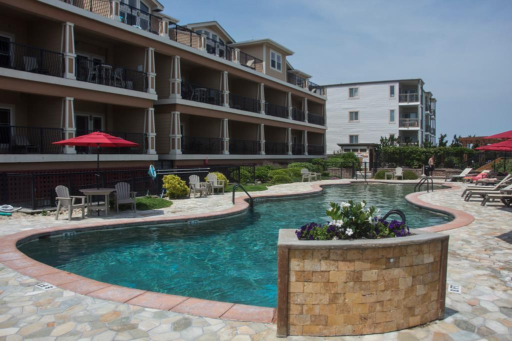 csc3e-afternoon-delight-spacious-luxury-condo-outdoor-indoor-pool-spa-croatan-surf-club