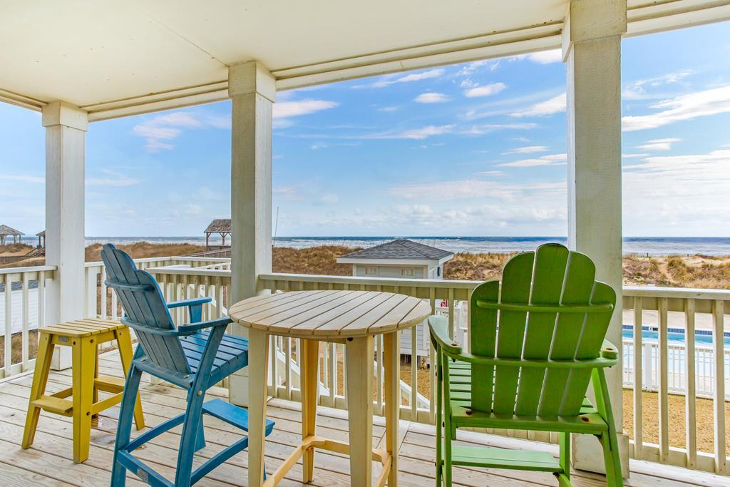 sc202-coastal-legasea-new-oceanfront-2br-with-private-steps-to-pool-and-beach