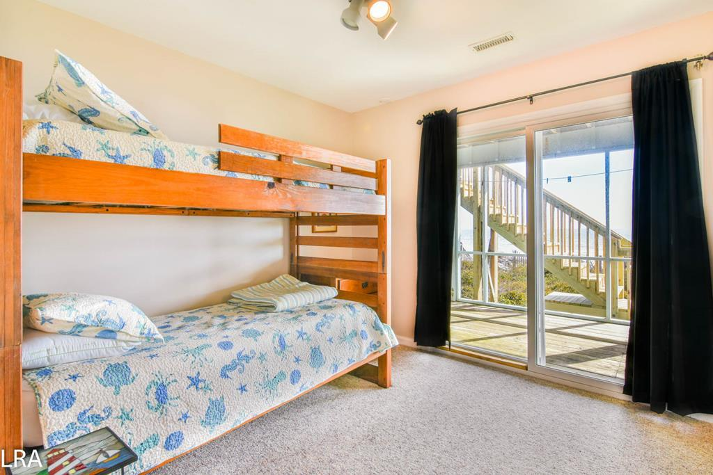 Bunkbeds (Beach Facing) - Downstairs