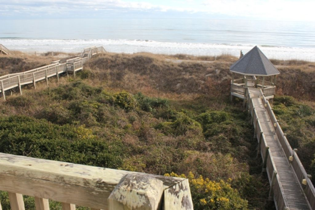 ocean isle beach single personals Home search results  by sunset propertiesthis fantastic ocean isle beach  is a single family oceanfront home that offers outstanding ocean .